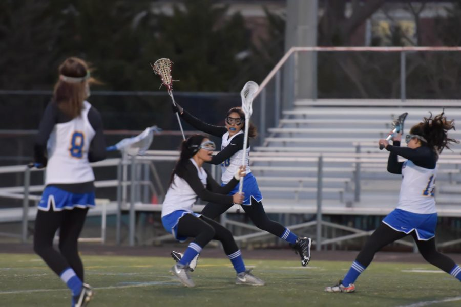 Lady Lancers Lacrosse Plays With Heart
